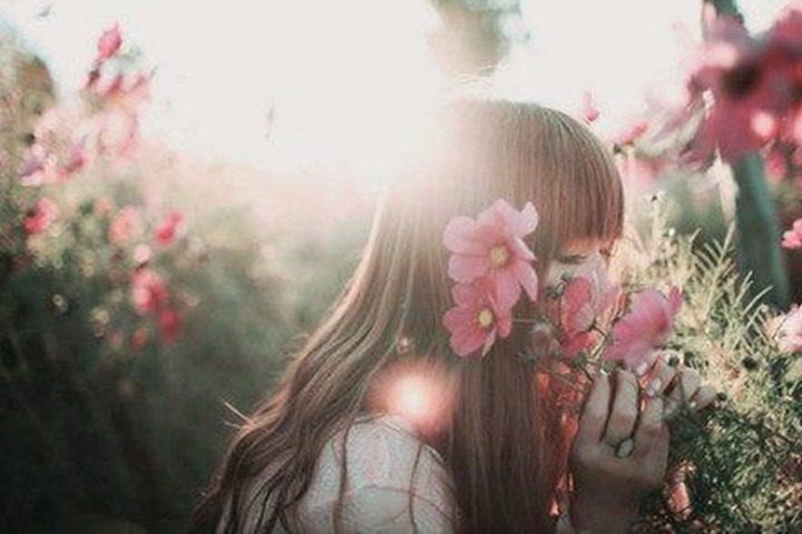 دختری در بهار